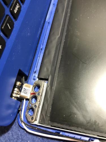 Ремонту корпусных деталей ноутбука модели Acer Aspire A315-54 от сервисного центра RGB